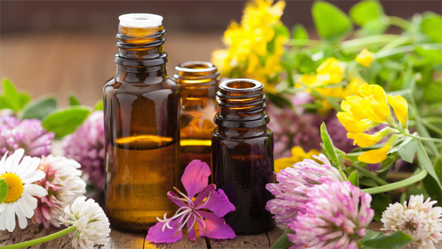header-image-fustany-beauty-skincare-nine-essential-oils-that-make-your-skin-go-from-bad-to-flawless-main-image.png